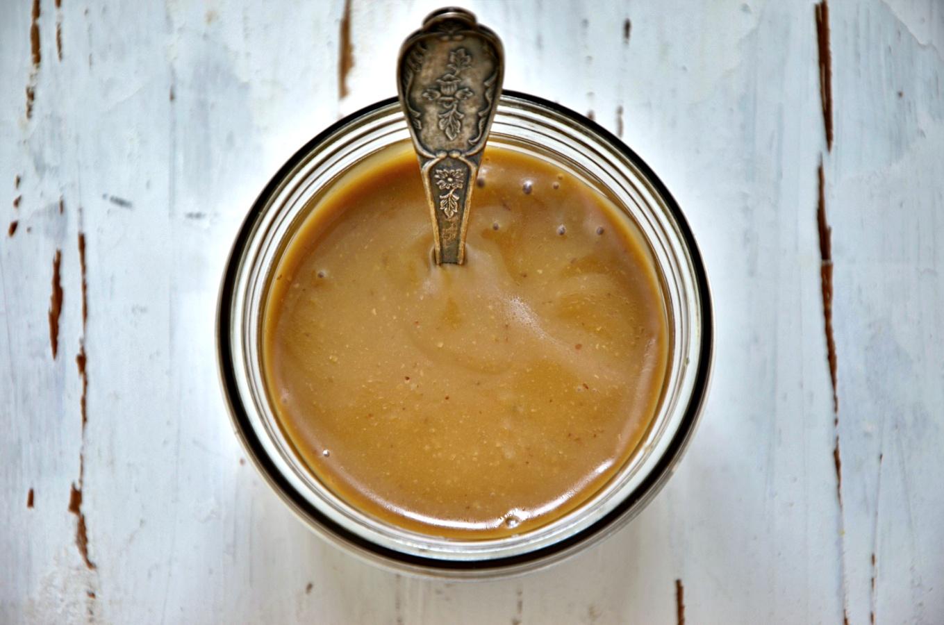 Vinaigrette mit Honig und Senf